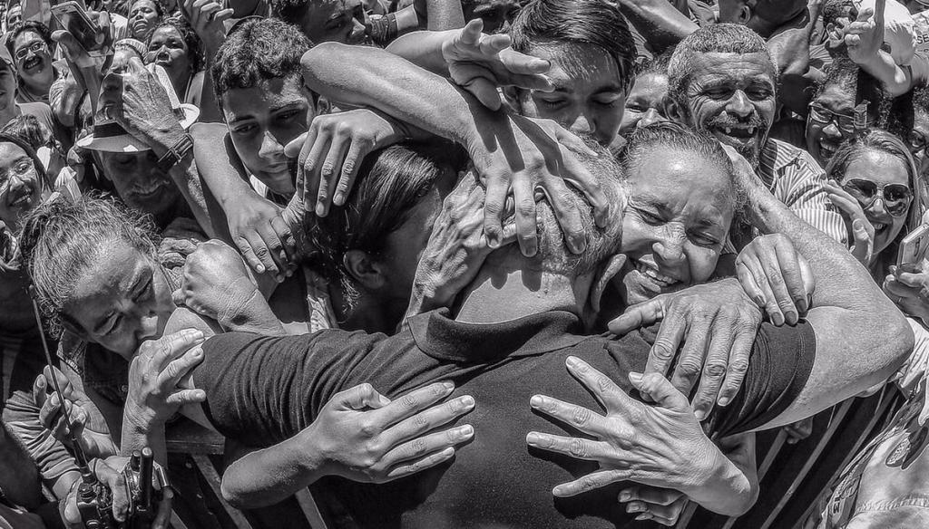 Repudio al encarcelamiento de Lula